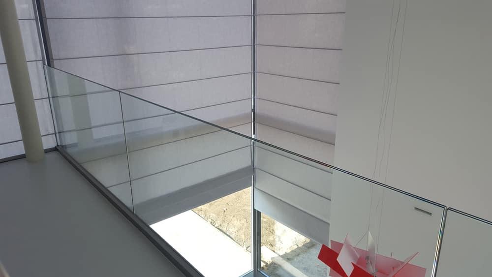 Raamdecoratie voor grote ramen