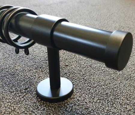 Steun 8cm voor zwarte roede 29mm